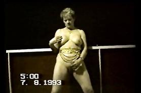 Ретро стимуляция клитора от сисястой дамы