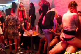 Оргия с пьяными девушками на вечеринке