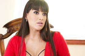 Сексапильная латиноамериканская девушка любит лесбийский секс
