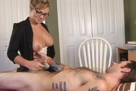 Жена в очках дрочит половой член любимого муженька