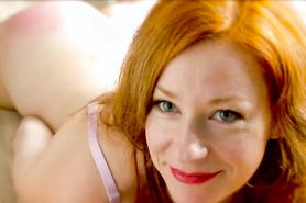 Выносливый любовнику отжарил рыжеволосую жену в бритую вагину